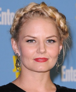 Jennifer Morrison as Aundy