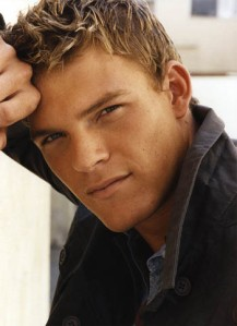 Alan Ritchson as Kade Rawlings