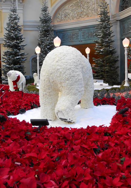 The Bellagio bears - made out of flowers - were a big crowd pleaser.