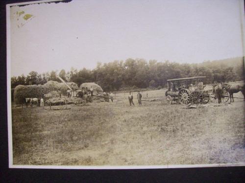 Great Grandpa Jackson threshing crew 1914