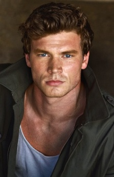 Derek Theler as Lars Thorsen