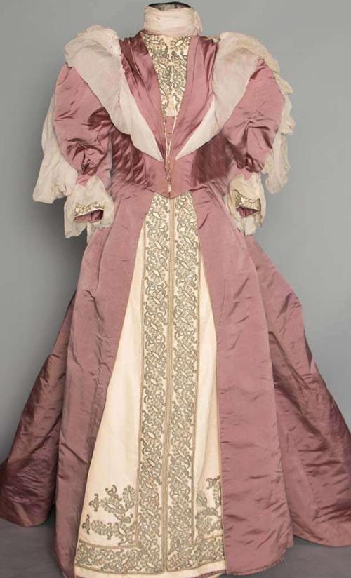 Imogene's gown