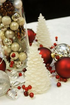 Christmas-Wedding-Theme-Ideas