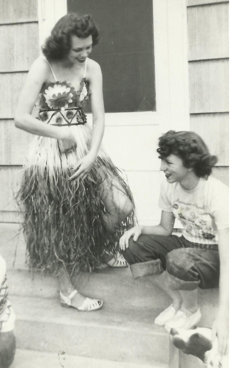 Mom and Aunt Rob grass skirt